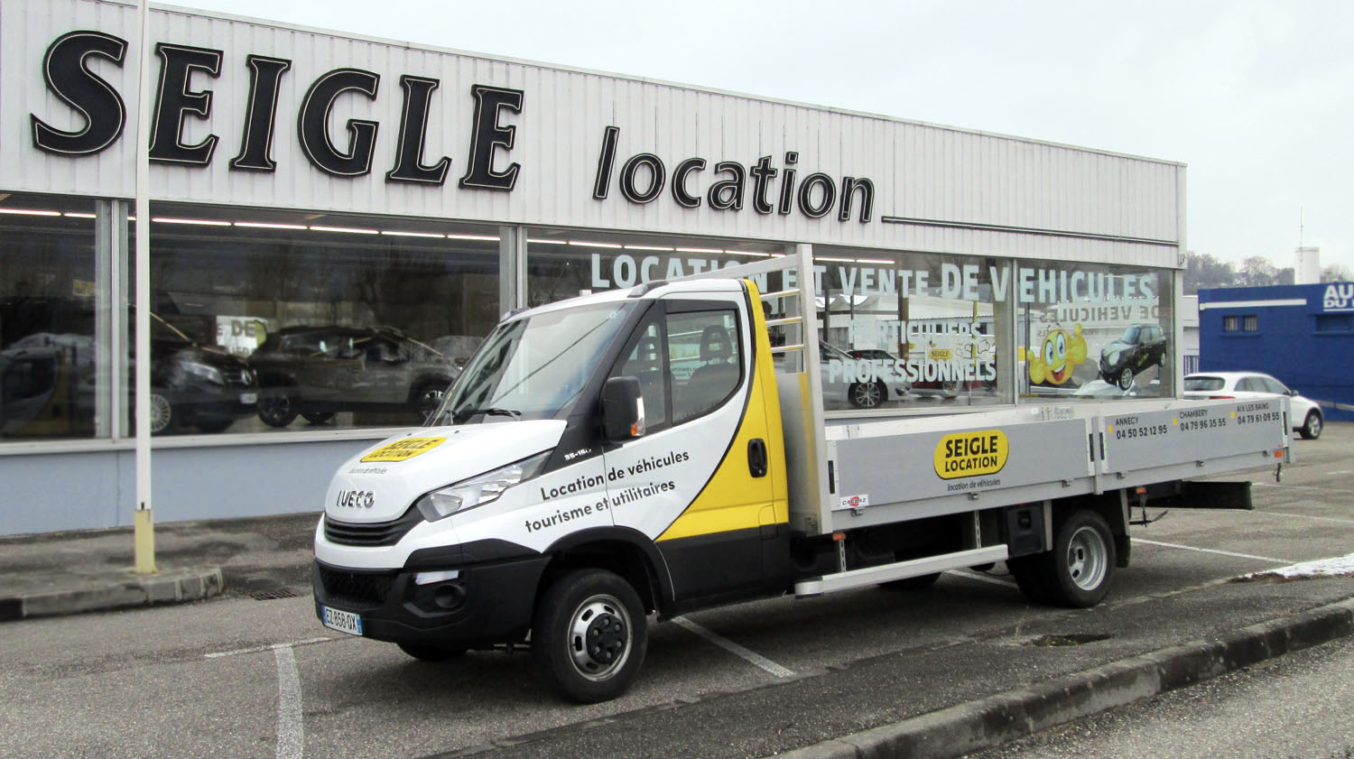 Long Deck Utility Truck Hire Seigle Rental